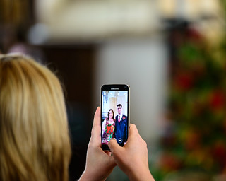 Are smartphones ruining weddings? | by ACoolDryPlace
