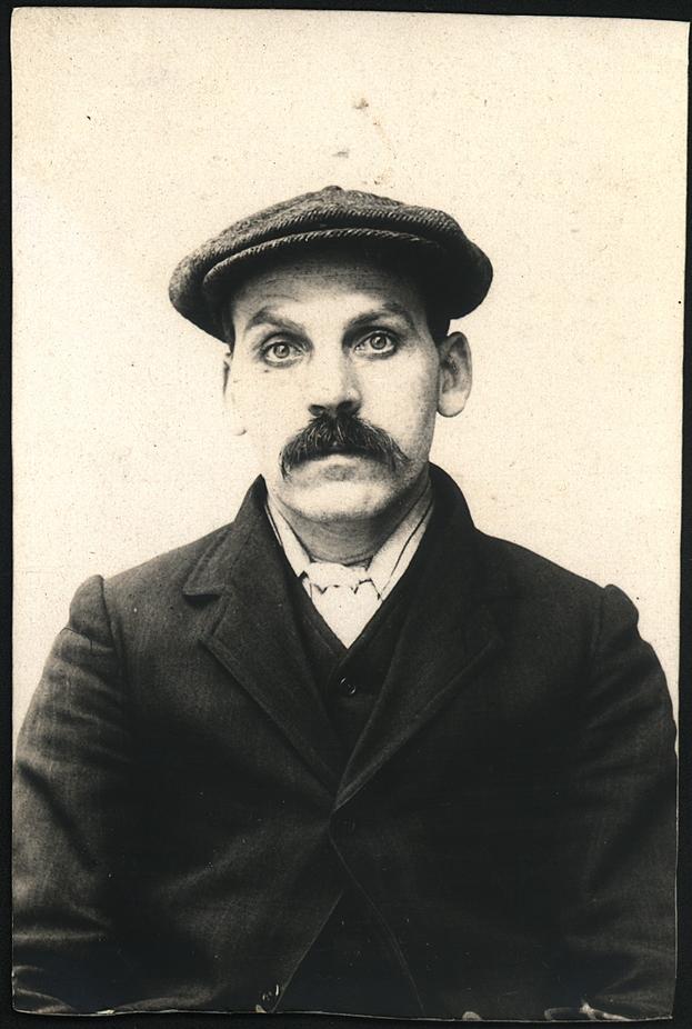 Robert Muir, miner, arrested for stealing potatoes
