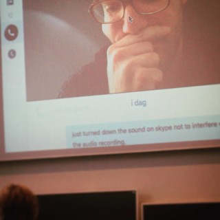 Anybody else prefer to move the mouse cursor ↖ aside when not in use? #teleconferencing #ucph #kbhuni #media #materiality #hci #cscw | by xmacex