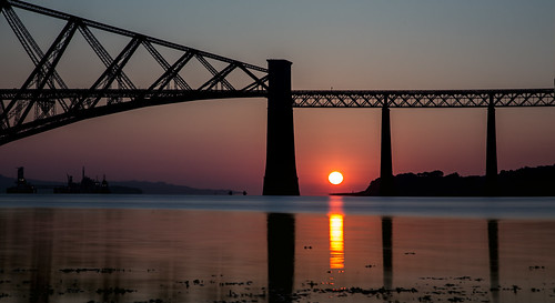 longexposure bridge reflection sunshine sunrise canon landscape scotland waterfront redsky forthbridge southqueensferry waterscape railbridge eastlothian 24105 grantmorris grantmorrisphotography