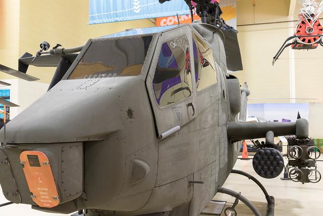 Bell AH-1F Cobra Helicopter-31.jpg