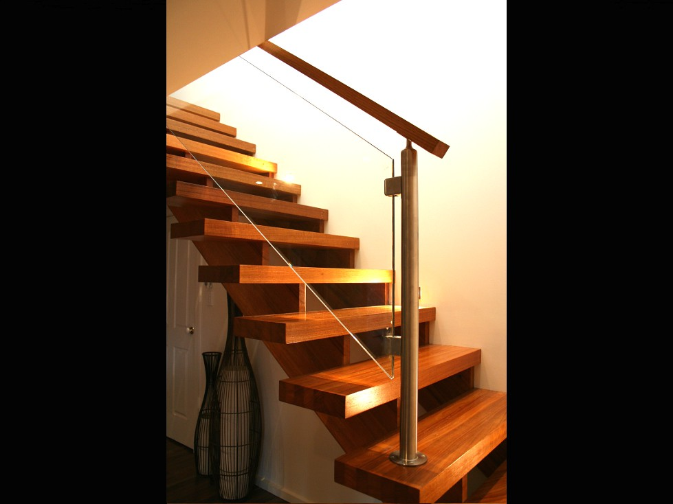 Open Cantilever Staircase with Thick Treads