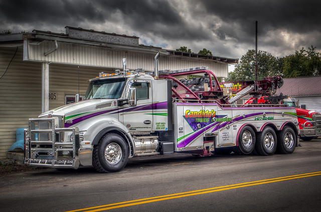 Candido's Towing & Recovery