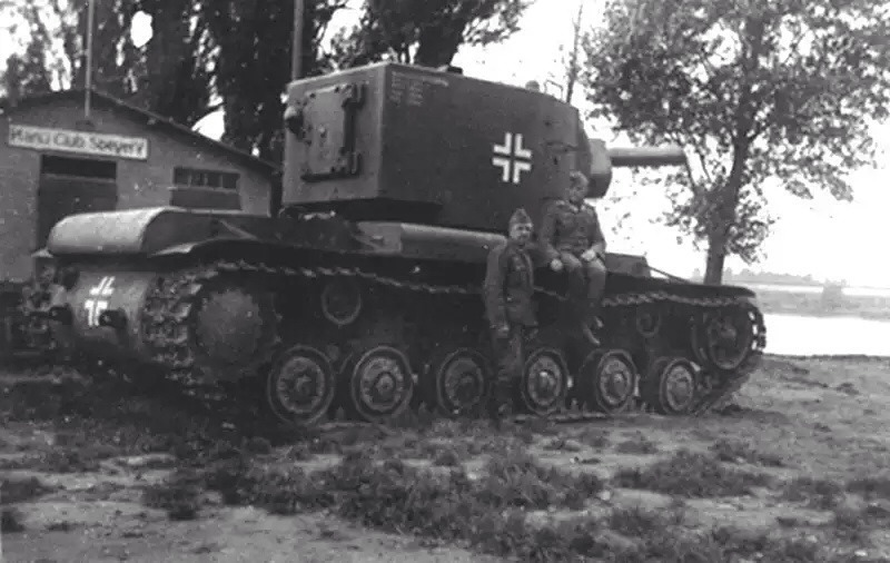 Captured KV-2 in the Wehrmacht