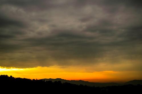 park morning orange cloud mountain fall water fire iran tehran ایران و پارک تهران پاییز آب 2015 کوه 1394 ابر آسمان افق آتش صبح نارنجی aboatash abvaatash