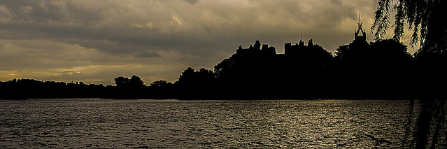 Linlithgow Palace Silhouette and Linlithgow Loch