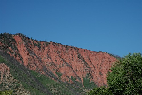 blue trees red mountain mountains green nature landscape ilovenature colorado bluesky glenwoodsprings redrockcountry 200607
