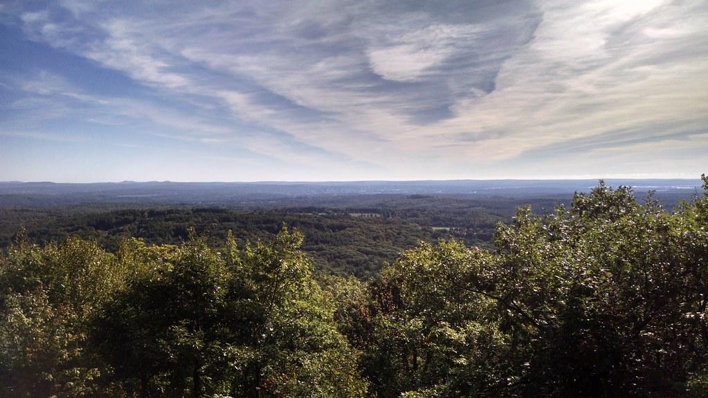 South Uncanoonuc Mountain, Goffstown, NH   mhDCIII   Flickr