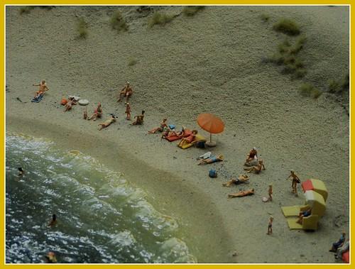 1310912 panasonicdmcfz150 strand beach miniworld rotterdam