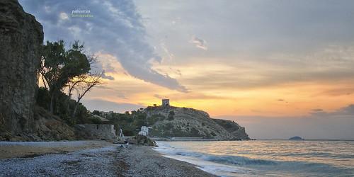 pabloarias photoshop nxd cielo nubes españa arquitectura paisaje roca ladera montaña mar agua mediterráneo arena isla villajoyosa alicante comunidadvalenciana