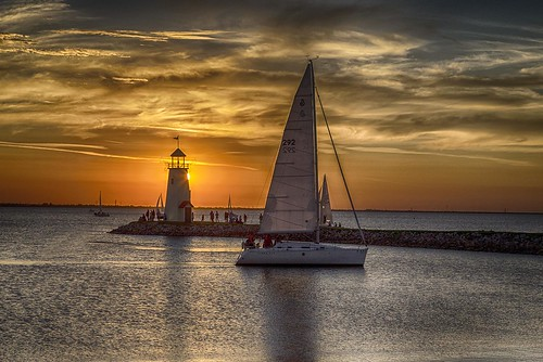 lake oklahoma water sailboat sailing recreation