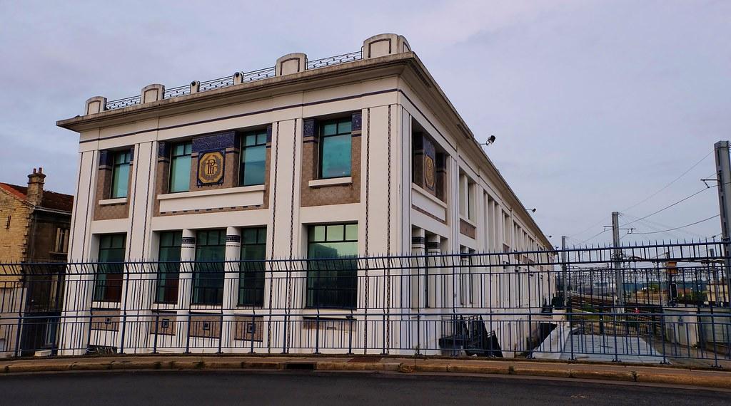 bordeaux  ancien centre de tri postal