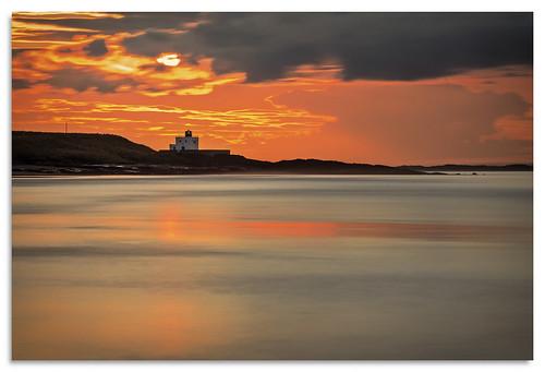 bamburgh lighthouse sunset northumberland ngc d600 water nikonfxshowcase