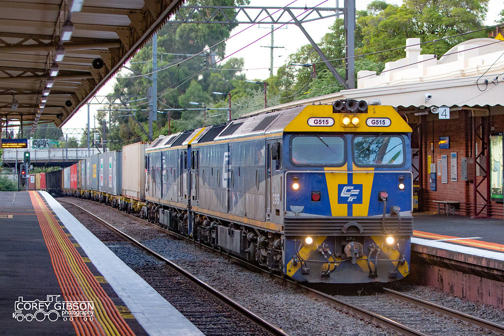 G515 & G512 with the Maryvale paper train through Toorak station by Corey Gibson