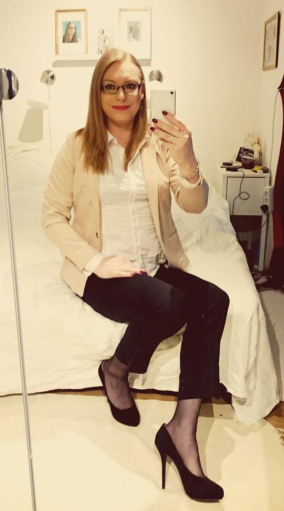 ca51979b665 Today #ootd #trans #Transgender #transgirl #mtf #heels #pantyhose ...