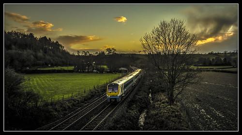 sunset train railway atw churchstretton arrivatrainswales class175 coradia littlestretton 175104 themarchesline