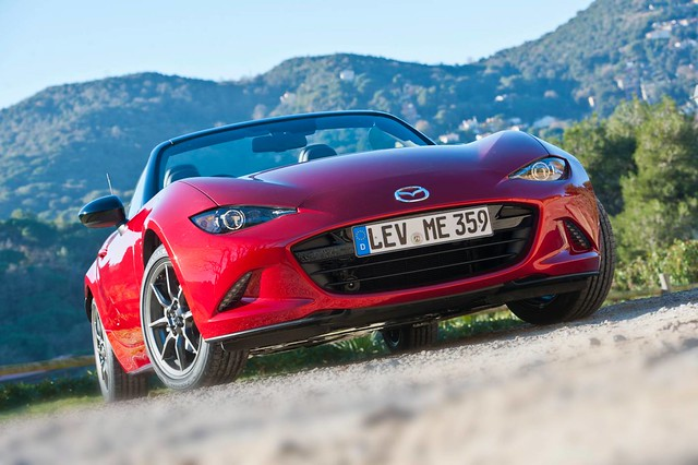 2015 Mazda MX-5 Review