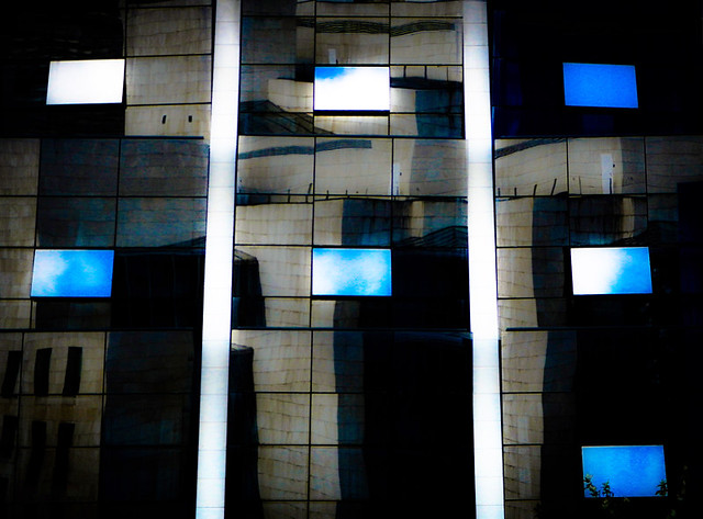Bilbao Windows in Photoshop Express 'Dream' Look