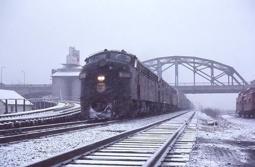 railroad train nw railway kodachrome snowscene norfolkwestern cnj fallenflags emdf7 jerseycentrallines wabashrailroad copyrightminingcamper