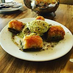 #بقلاوة #baklava #dessert #Jeddah #جده_لايف #جدة_غير #جدة #كورنيش
