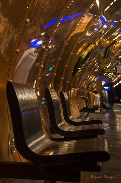 Paris- bancs du metro