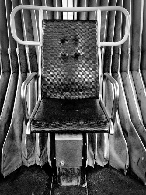 2016/366/293 Swivel Seat