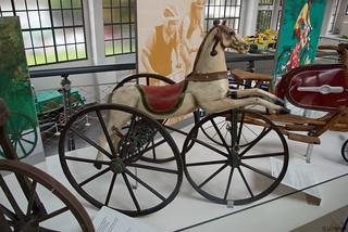 1880 - Dreirad-Pferdchen
