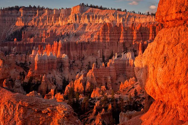 morning light - Bryce Canyon NP - 10-28-07  12