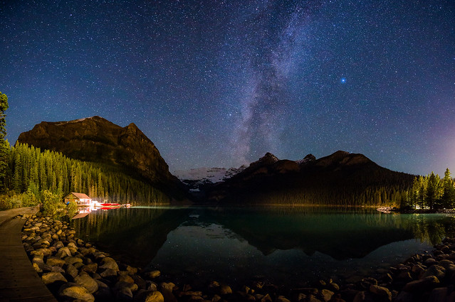 Lake Loiuse with Milky Way