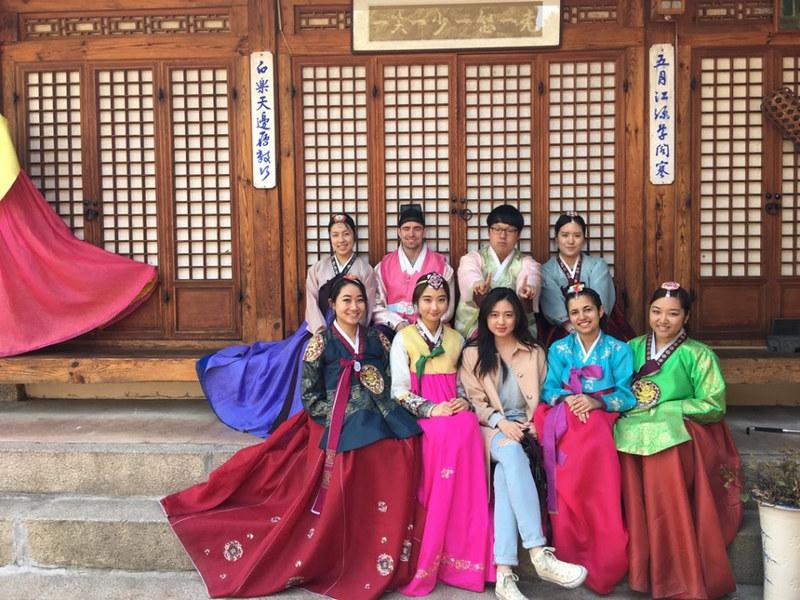 Nguyen, Anna; South Korea - Episode 10 (7)