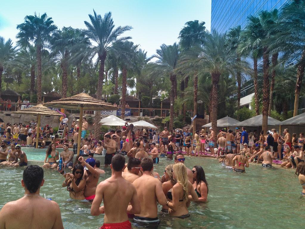 Vegas Pool Parties Today