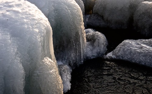 water ice solid h2o okanagan okanaganlake penticton britishcolumbia canada panasonic dmclx5 lx5 jasbond007 nigeldawson copyrightnigeldawson2017