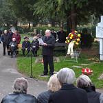 Josef Herbst verliest die Namen der Billeder Verstorbenen seit Allerheiligen letzten Jahres