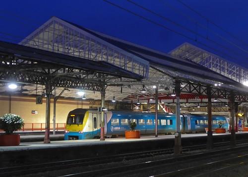 uk railroad november roof england station architecture night train sunrise dawn cheshire diesel rail railway nighttime crewe multiple trainshed unit 2015 dmu wcml class175 175006