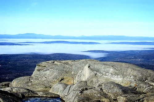 sky mountain mountains clouds landscape hiking newhampshire summit monadnock weatherphotography
