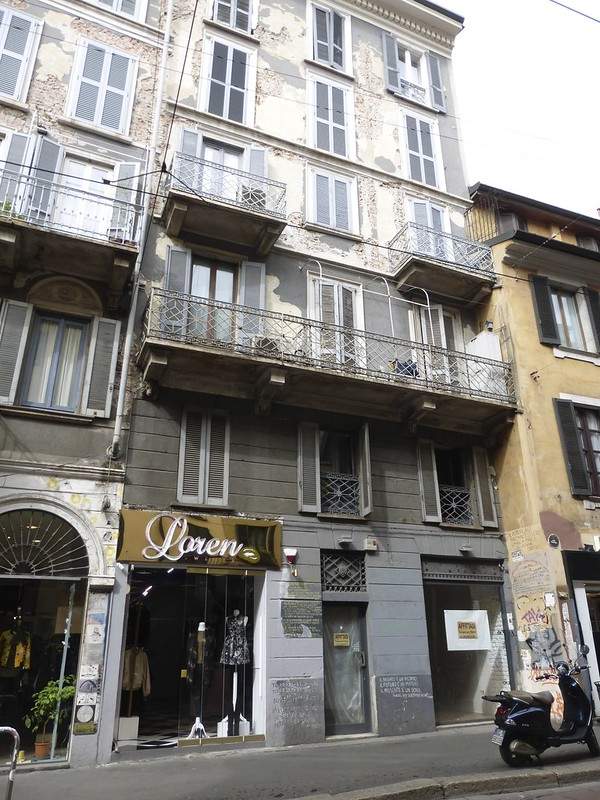 Even shabbier chic, Milan