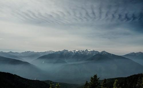 snow mountains clouds washington smoke glacier olympicnationalpark hurricaneridge olympicmountains hurricanehill uwd2015
