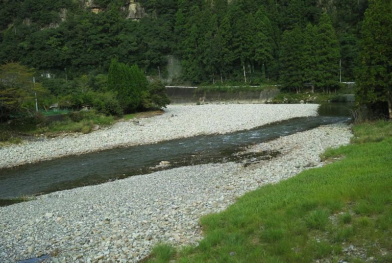 小口、赤木川