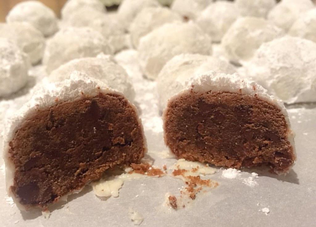Double Chocolate Snowball Cookies Baker Cookies Chocol Flickr