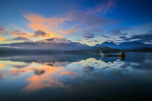 日月潭 日出 倒影 四手船 taiwan lake sunrise dawn reflections sunmoonlake 南投