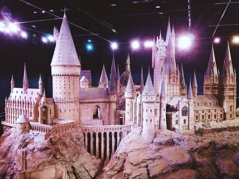Nguyen, Dana; London, England - Magic, Hogwarts at Harry Potter World