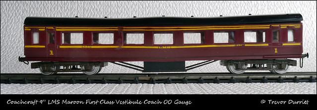 "Coachcraft 9"" LMS Maroon First Class Vestibule Coach OO Gauge P1060068"