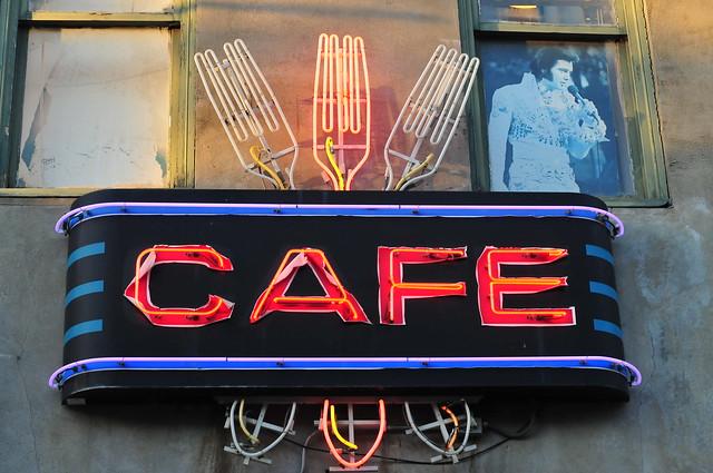 Cafe w/Elvis