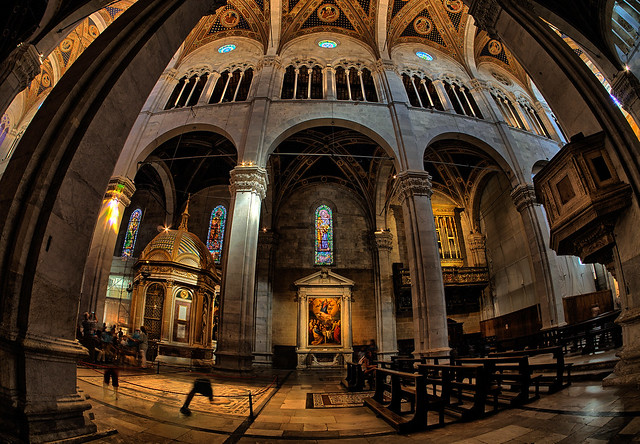 Kathedrale San Martino (Lucca) - click to enlarge ...