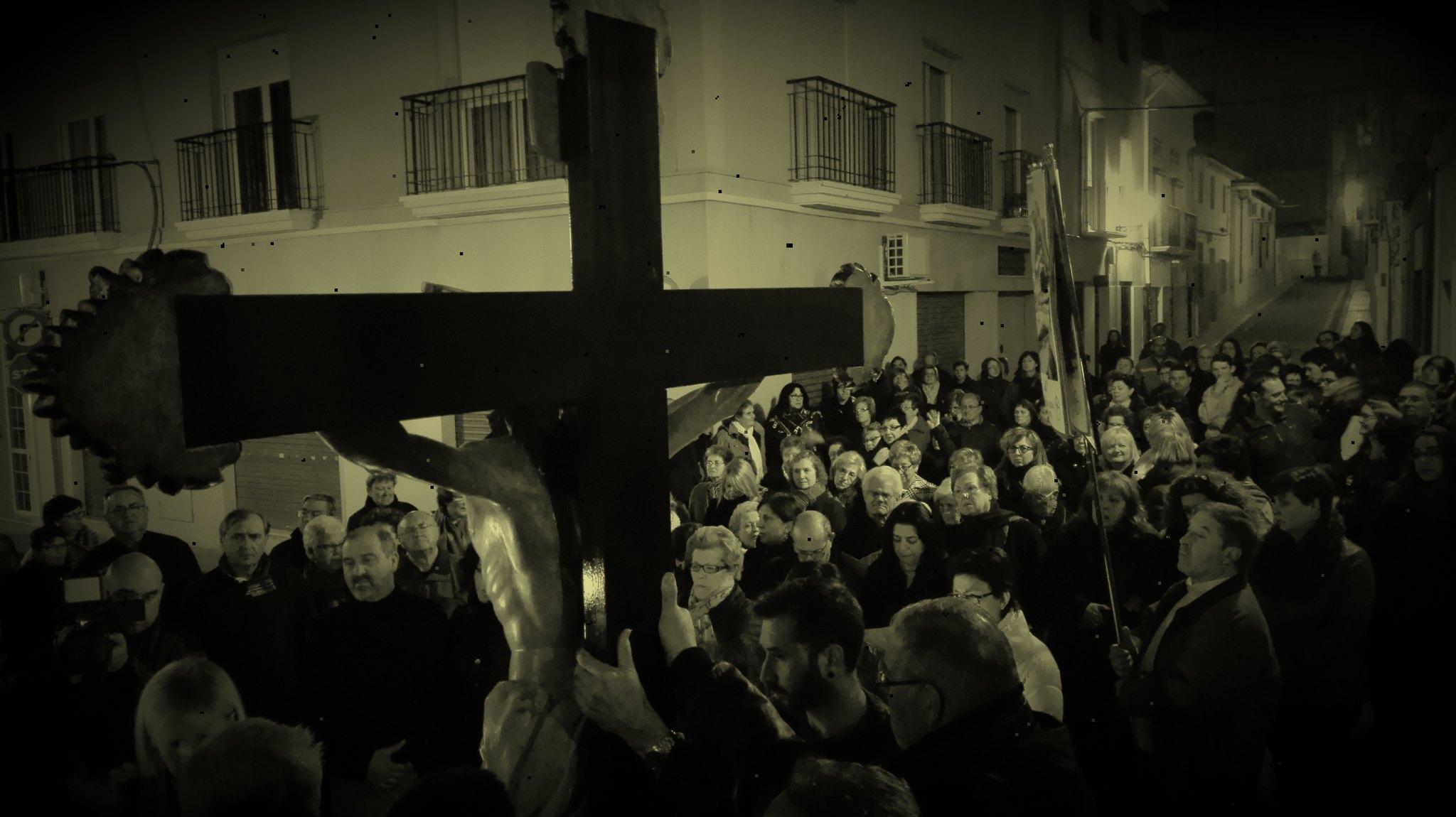 (2016-03-18) - VII Vía Crucis nocturno - Javier Romero Ripoll (116)