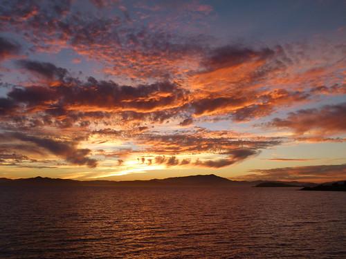 sunset t geotagged mttam geo:lon=12231545 geo:lat=3788437