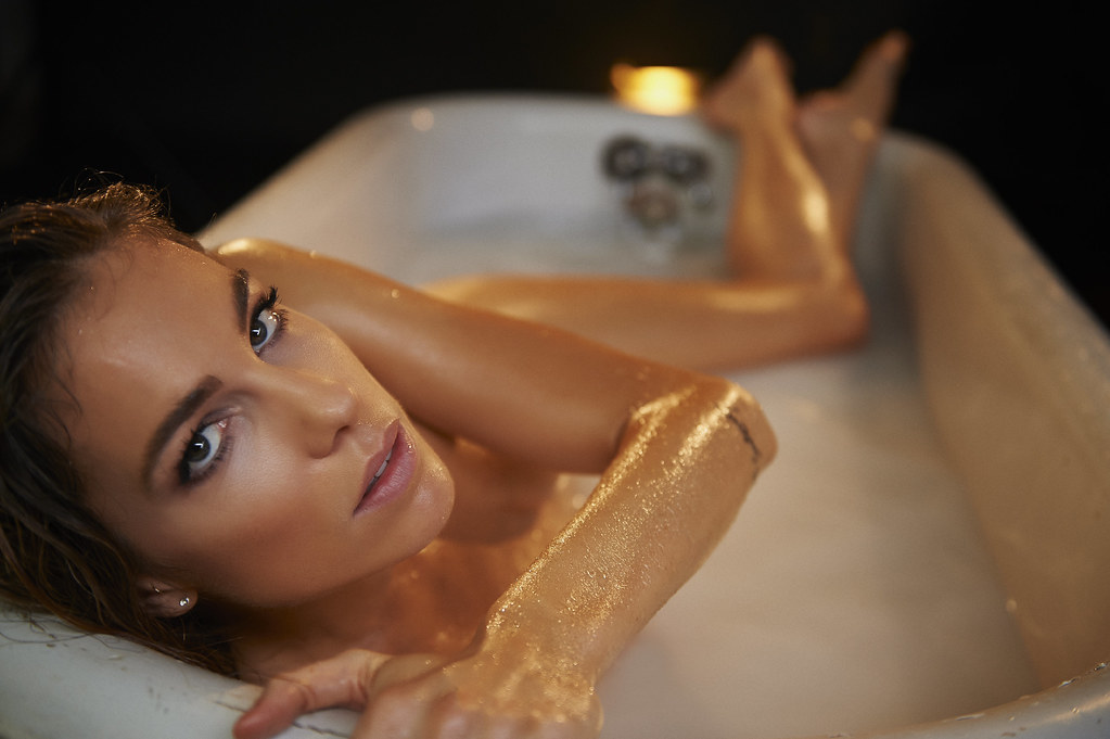 porn-the-tub-girl-picture