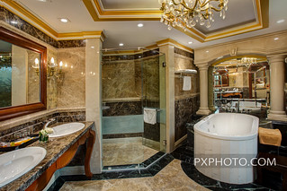 Presidential Suite Bathroom 1