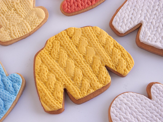 Cable Knitting Cookies