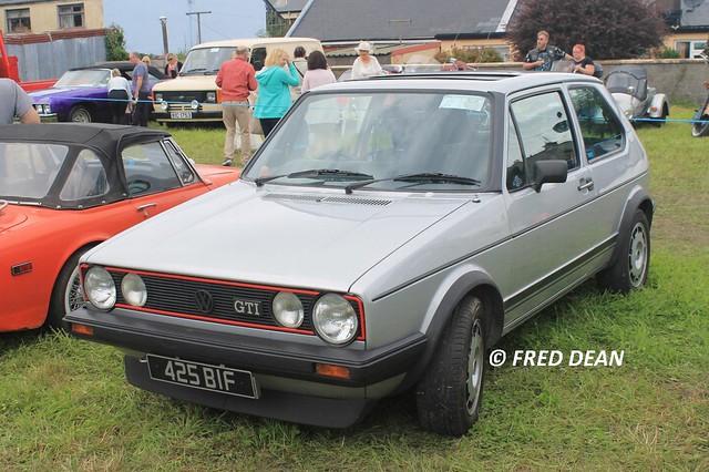 Volkswagen Golf (425BIF).